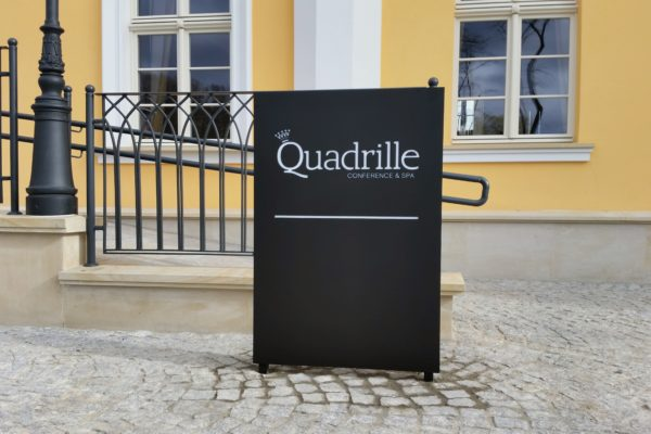 QUADRILLE (8)