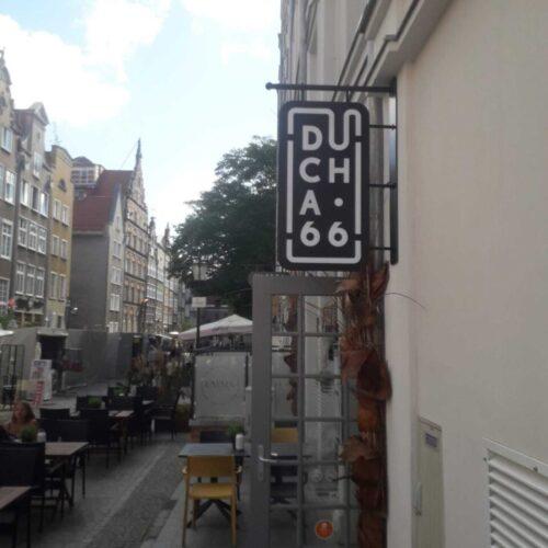 Realizacja szyldu semaforowego dla restauracji Ducha 66 w Gdańsku